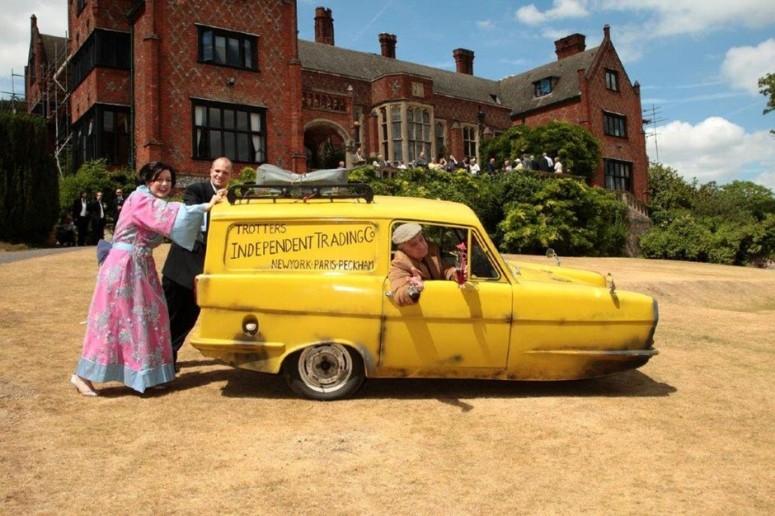 Del Boy Reliant Robin Wedding Car